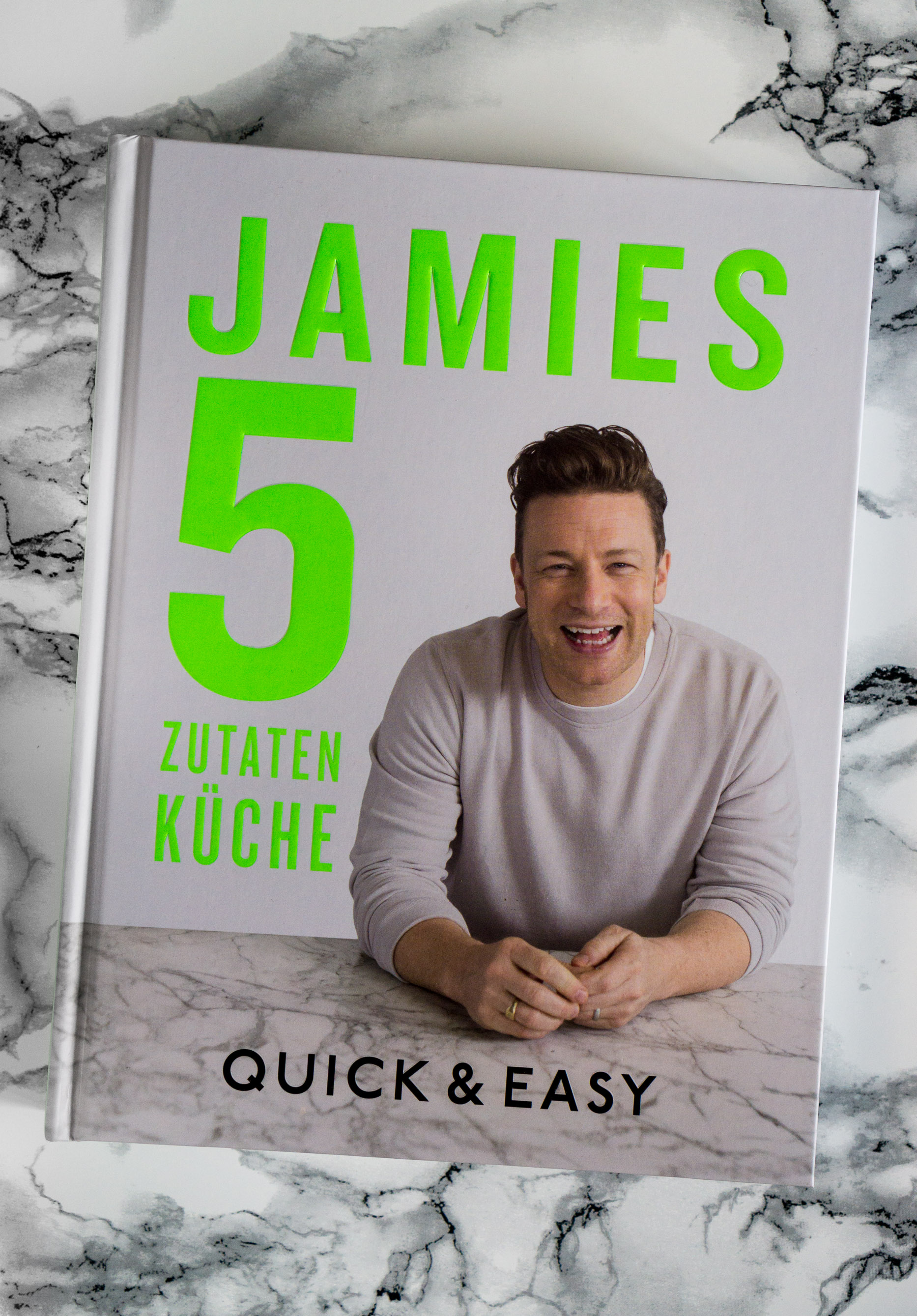 Rezension U2013 Jamie Oliver: Jamies 5 Zutaten Küche: Quick U0026 Easy U2013 The  Gourmet Apron